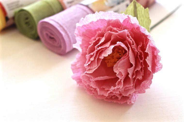 Taller floral flores con papel crepe