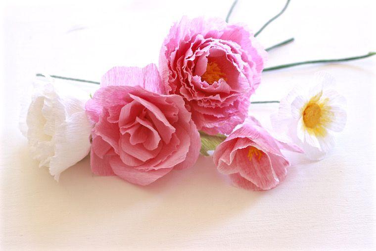 Taller de flores de papel crepe