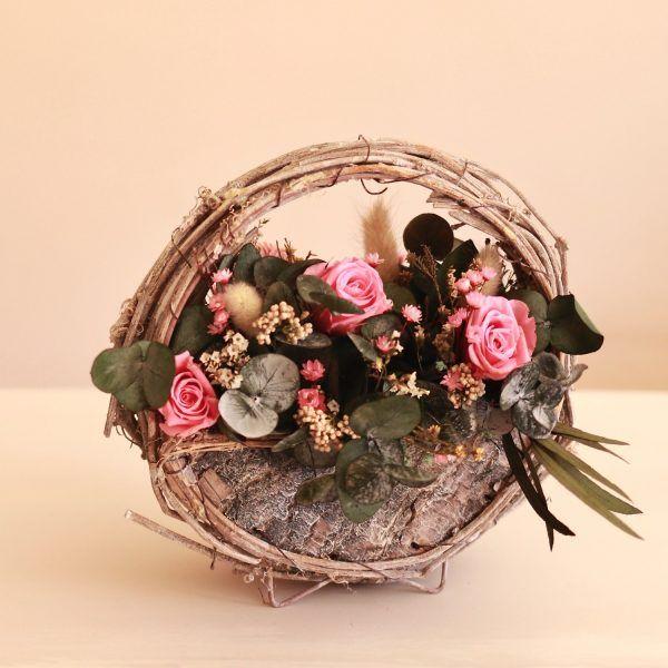 el jardin centro decorativo con flores preservadas en rosa