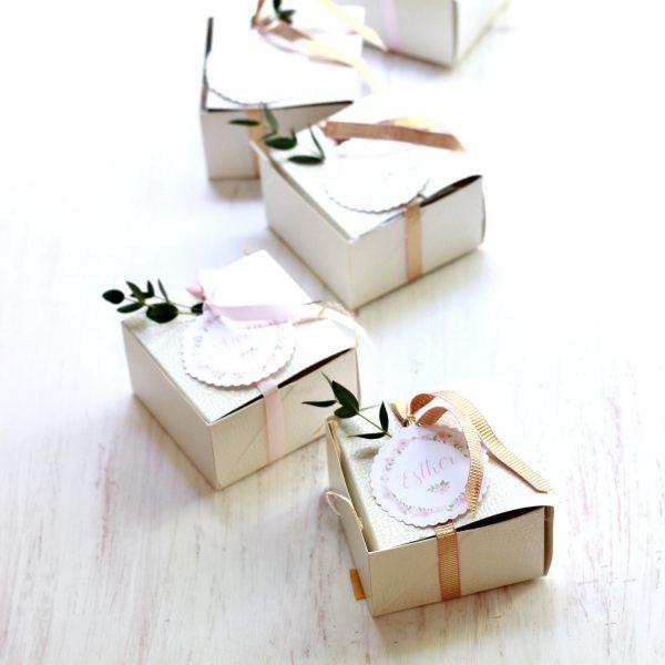 complementos personalizados con flores preservadas exquisitae