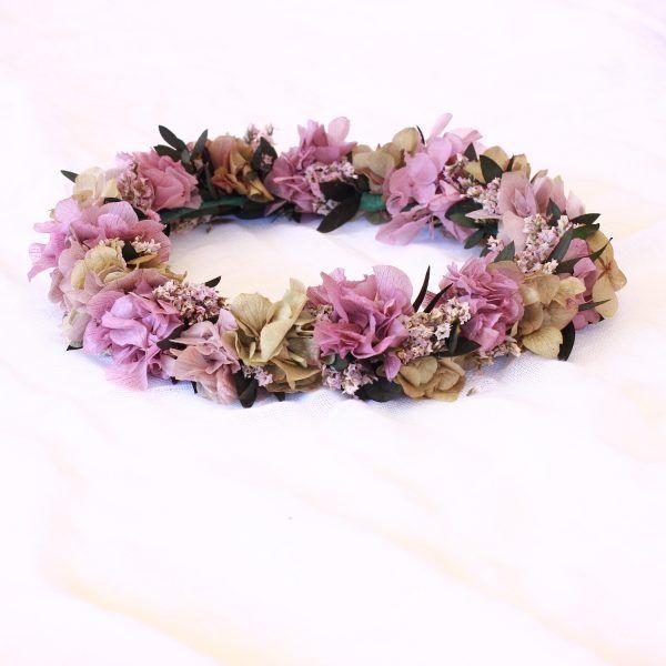corona con flores preservadas lila 7