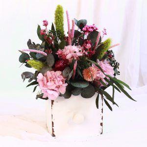 Mon amour: Centro en caja de madera con flores preservadas
