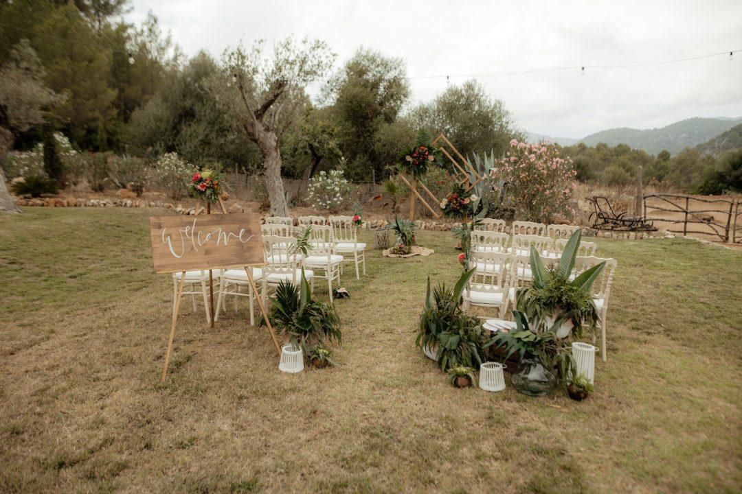 Decoración de Ceremonia de boda estilo tropical