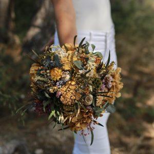 Silvestre: Ramo de novia con flores preservadas para bodas