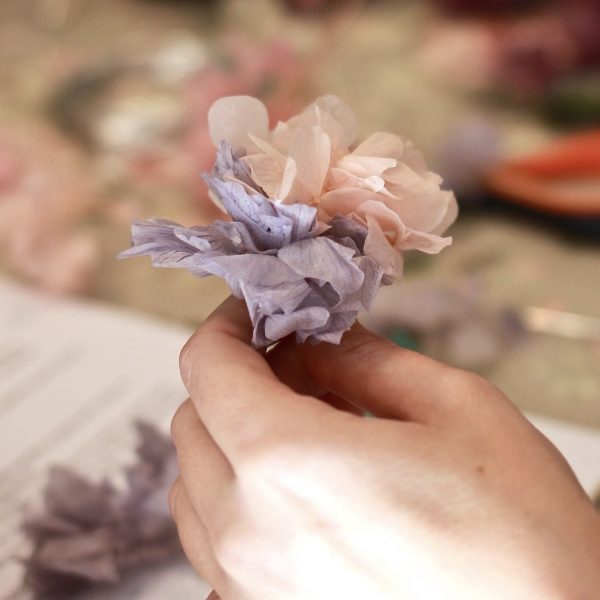 Talleres creativos florales con flores preservadas. Presencial por exquisitae.com