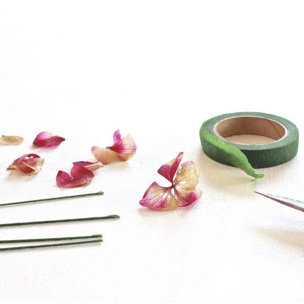 taller presencial flores preservadas impartido por exquisitae Coronas, diademas y complementos
